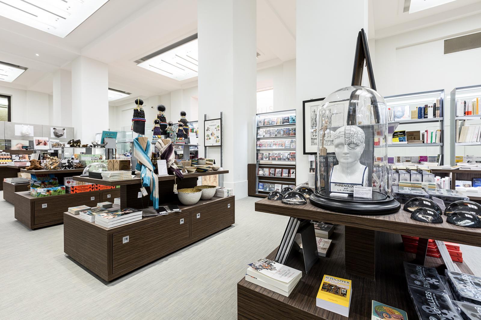 boutique mus e de l 39 homme yann audino photographe. Black Bedroom Furniture Sets. Home Design Ideas